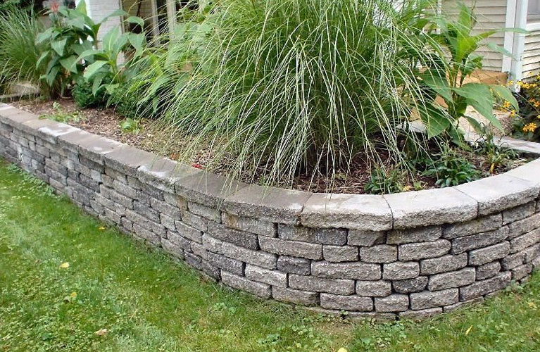 image-outdoorbeautification-retainingwalls
