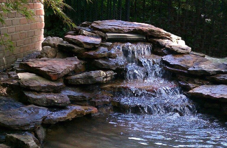 image-outdoorbeautification-waterfeatures